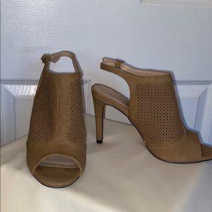 Metaphor Taupe Heels